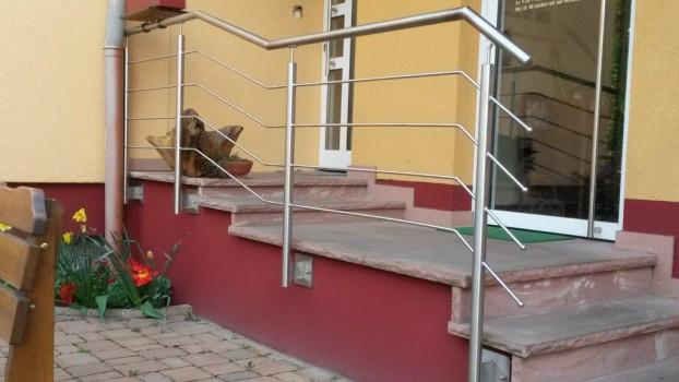 Treppengeländer aus Edelstahl